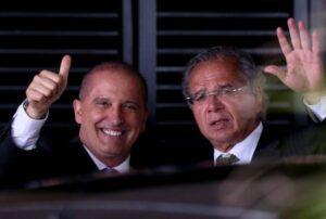 Guedes quer Trabalho e Previdência de volta após saída de Onyx para eleição; Folha de São Paulo