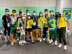 'É irada!': equipe do skate park chega à Vila Olímpica