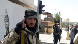 Talebã toma Cabul e diz que 'guerra acabou' no Afeganistão; BBC