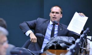 Eduardo Bolsonaro diz que pedirá abertura de CPI das urnas eletrônicas: 'Quem se contrapor nega realidade'; da Jovem Pan