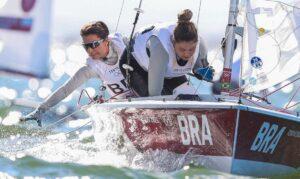 Tóquio 2020: Fernanda e Ana se despedem da Olimpíada em 9º lugar na vela classe 470. Dupla chegou em 10º lugar na Medal Race nesta quarta