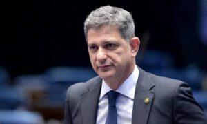 Na volta da CPI da Covid, senador afirma ter sido espionado por militares; por Melissa Duarte e André de Souza/O Globo
