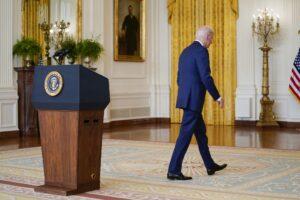 Biden anuncia corte de impostos que beneficiará 50 milhões de norte-americanos