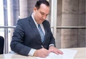 Justiça torna réu presidente da Funai por descumprir decisões judiciais; Metrópoles
