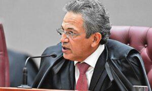 Troca de corregedor do TSE não deve impactar investigações da chapa Bolsonaro-Mourão; O Globo