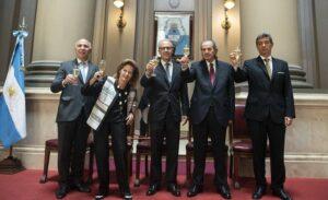 Corte Suprema da Argentina: um poder em ebulição; El País