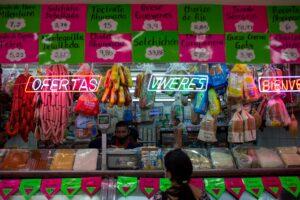 Economia venezuelana dá primeiros sinais de vida em oito anos; El País